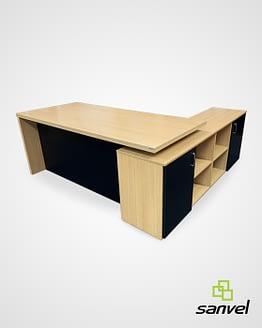Mesas de escritório em madeira